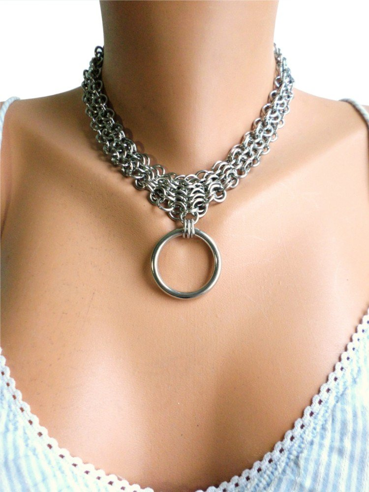 stainless-steel-bondage-collar-serenity-in-chains