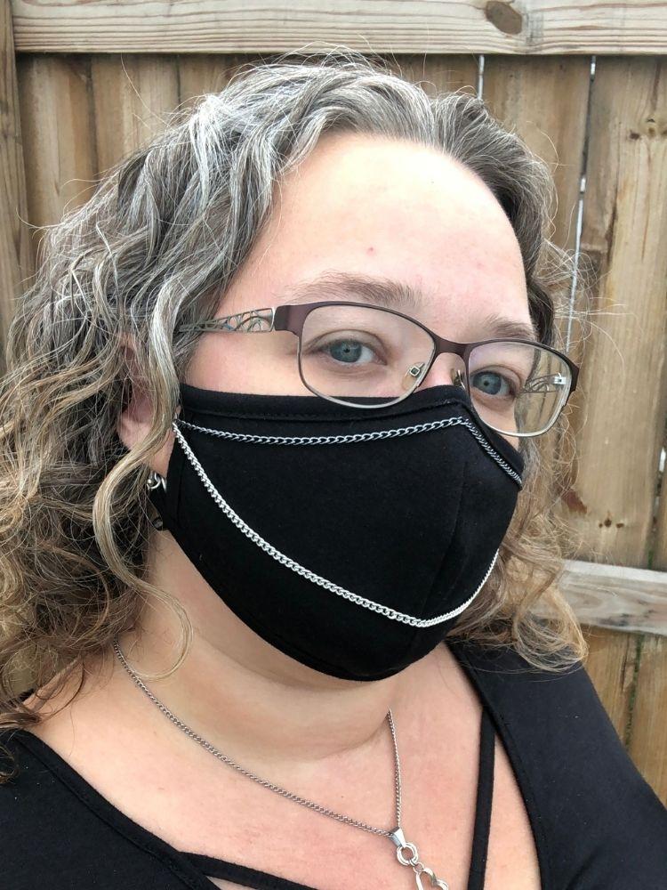black-mask-chain-double-pleasure-2