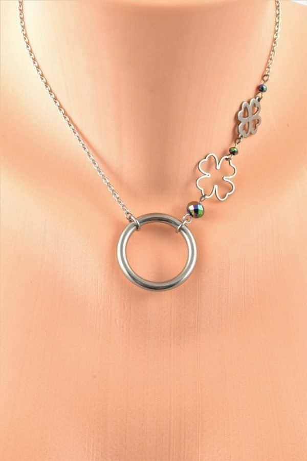 discreet day collar in stainless steel with clover by serenity in chains