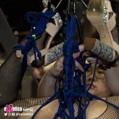 bdsm demonstrations at Exxxotic Expo