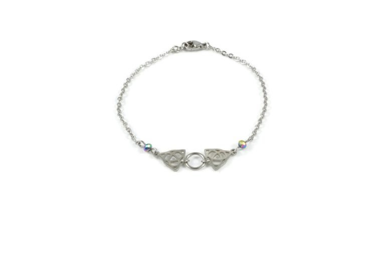 silver triquetra celtic knot ankle bracelet in stainless steel celtic luck by serenity in chains